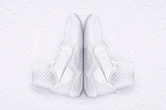 Nike Court Flare