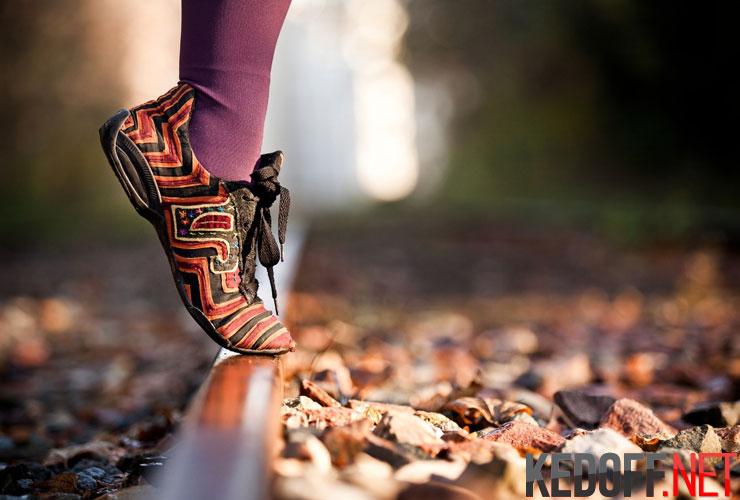 Женская обувь в спортивном стиле
