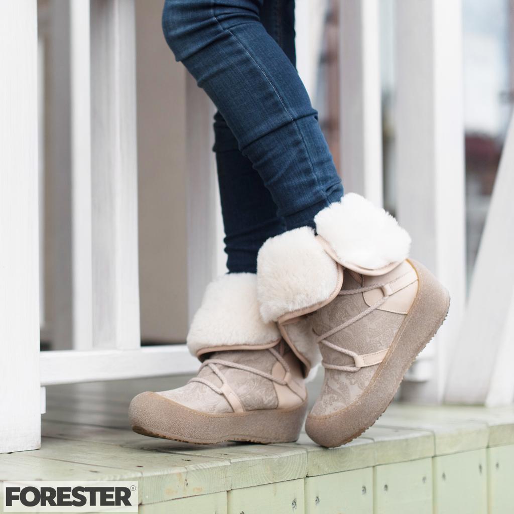 Купить женские зимние сапоги Forester
