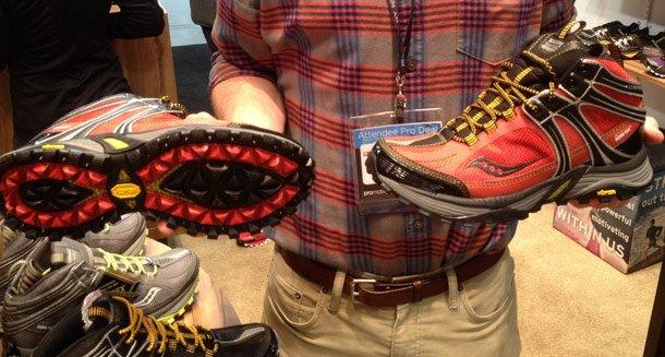 Треккинговые ботинки Saucony Adventerra GTX