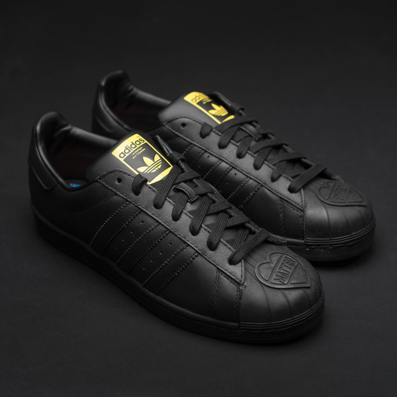 Купить кроссовки Adidas originals