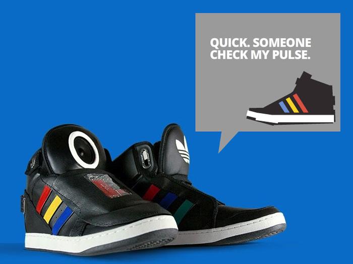 Кроссовки Talking Shoe. Новинка 2013 года от Google и Adidas
