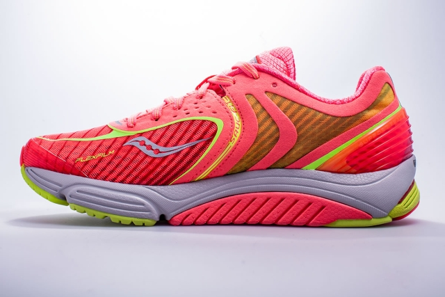 Saucony Cortana 3 — комфортные кроссовки для бега