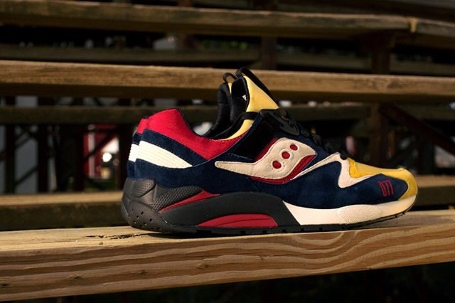 "Saucony Shadow Grid 9000 ""Motocross"" x Play Cloths"
