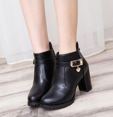Купить весенние ботинки недорого в интернет-магазине брендовой обуви ... 1492b92767c5b