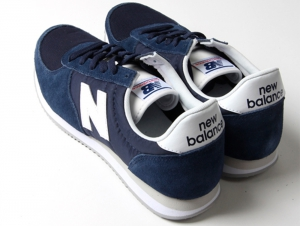 Sneakers New Balance U220NV