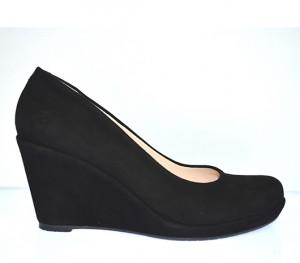 Туфли женские черные замшевые на танкетке; высота танкетки 14.5 см, высота платформы 4.5 см. Искусственная замша
