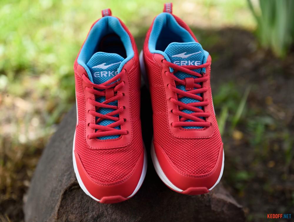 Женская спортивная обувь Erke 12115103117-202   (малиновый)