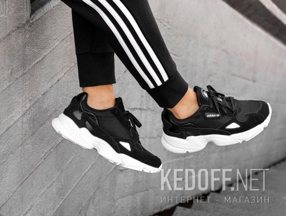 sports shoes f3bea 0674a Женские кроссовки Adidas Originals Falcon B28129 все размеры
