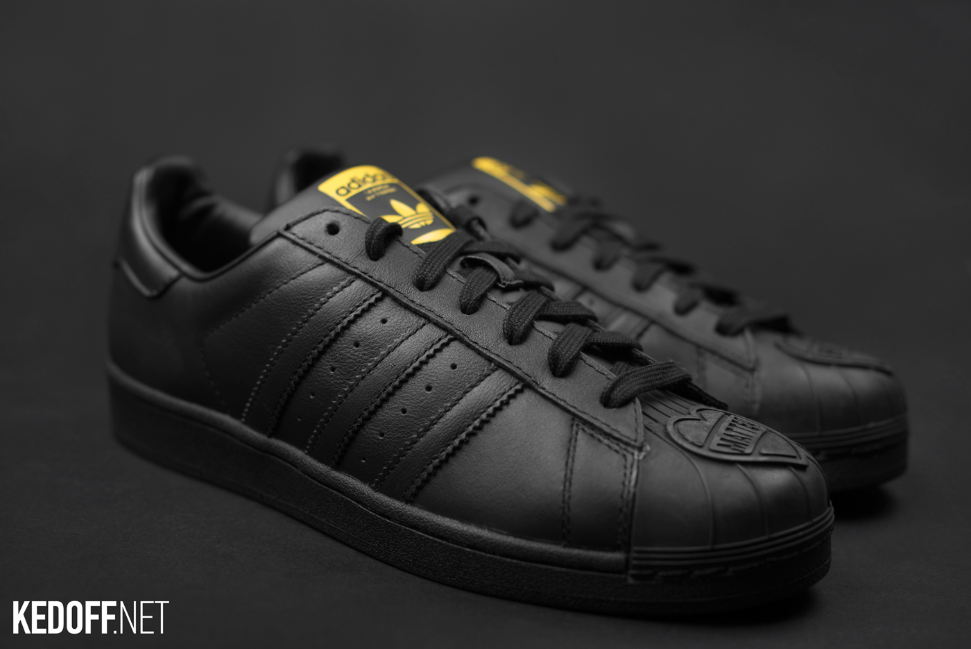 Adidas original Pharrell Williams
