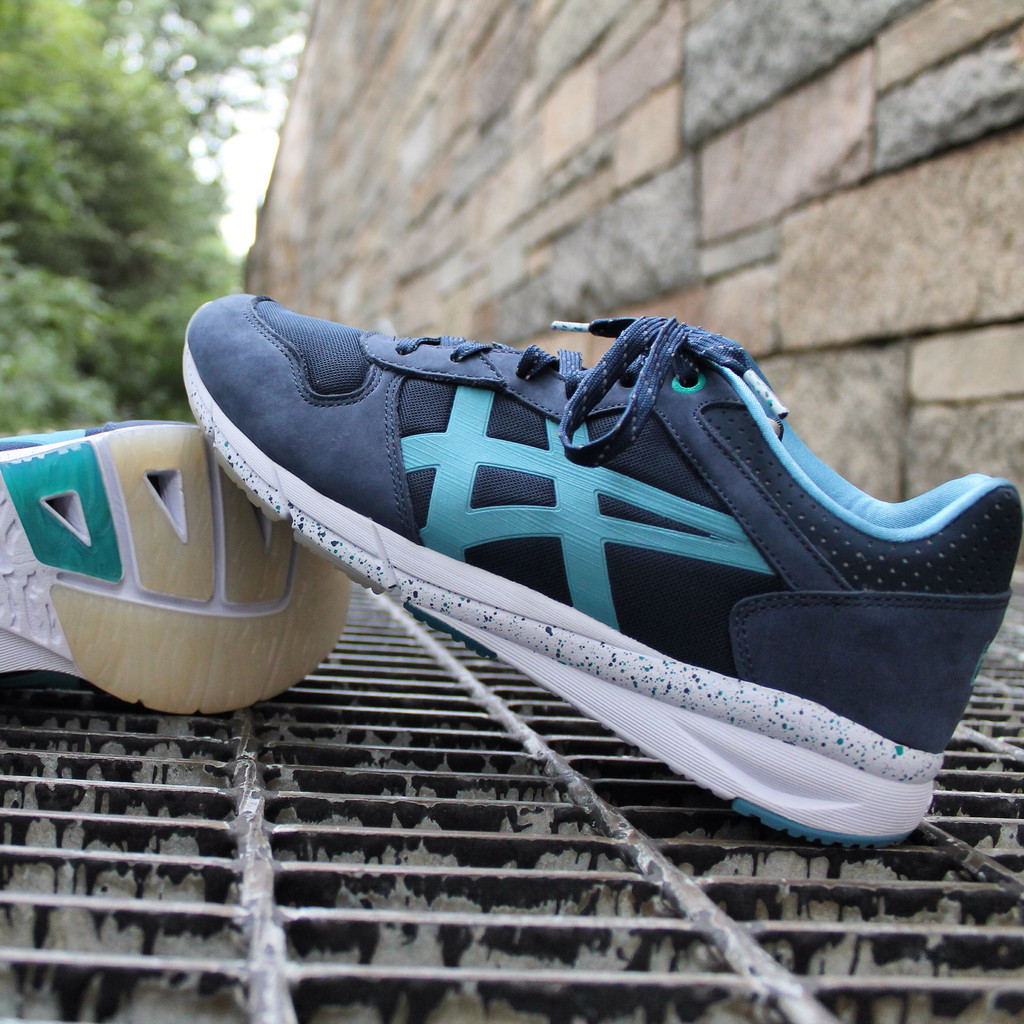 Offspring x ASICS x Onitsuka Tiger - Shaw Runner