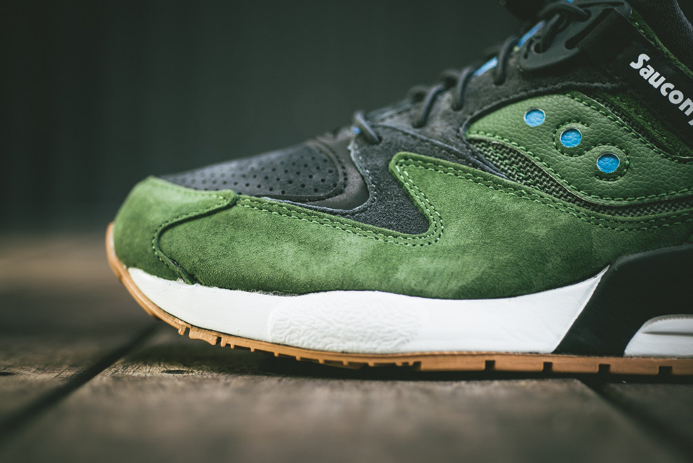 Saucony Grid 9000 Gum & Charcoal spring 2014