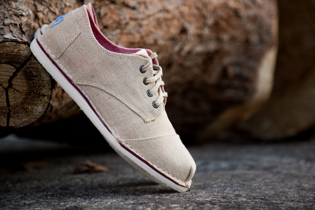 TOMS BURLAP DESERT OXFORDS